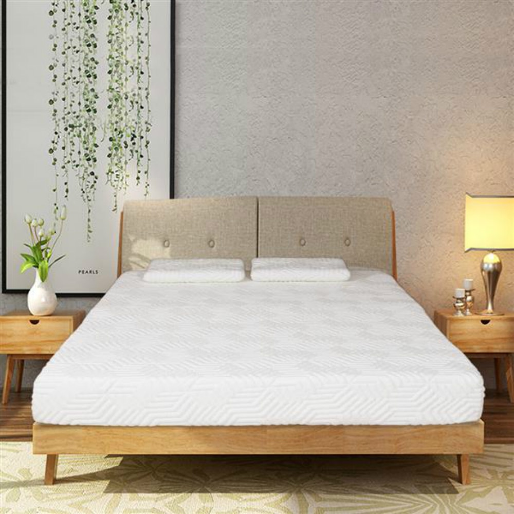 8 Inch Queen Size Memory Foam Mattress With Pillows